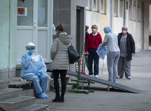 Hrvati potrdili dva nova primera okužbe s koronavirusom