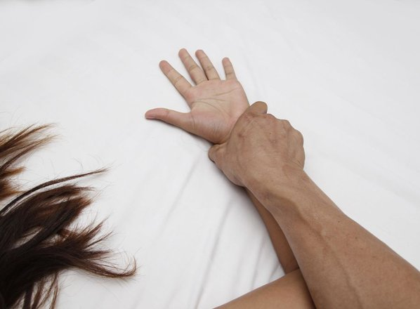 Milejša kazen za posilstvo, ker je moral potešiti svoj spolni nagon?