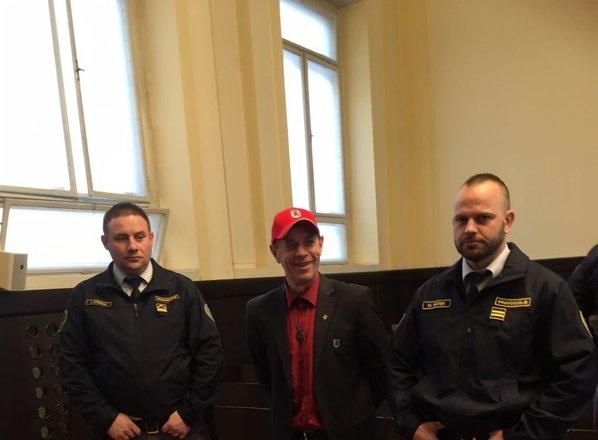 Tožilstvo za Šiška predlaga leto in štiri mesece zapora
