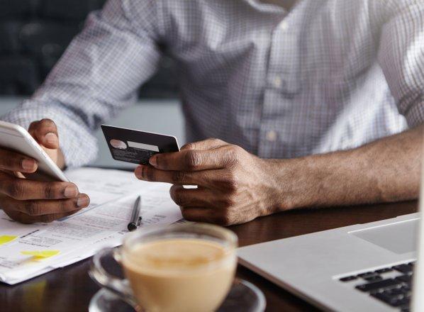 Davčna spremembe: višja obdavčitev kapitala, razbremenitev stroškov dela