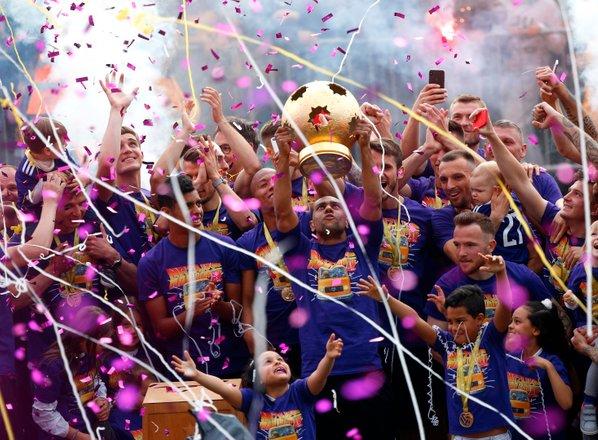 Maribor proslavil 15. naslov državnega prvaka, naslednji izziv kvalifikacije ...
