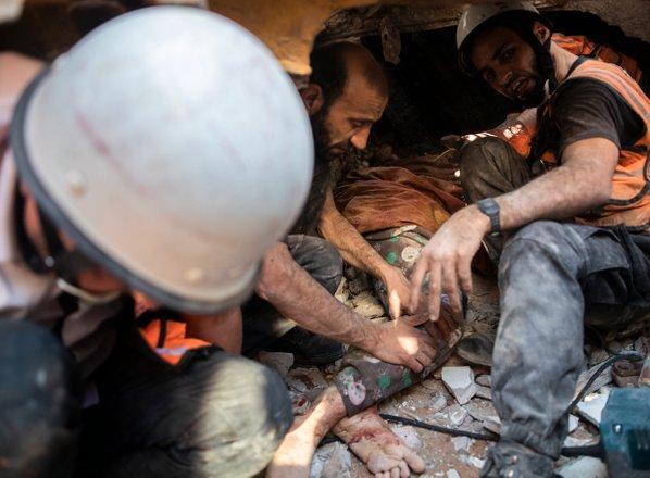Sedmi dan nasilja: v napadu na stanovanjske stavbe v Gazi 26 mrtvih