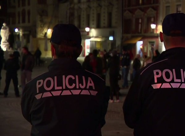 Bo policijska ura res preprečila nočne zabave?