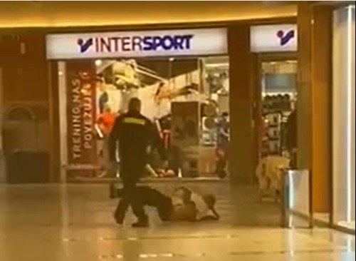 Varnostnik zaradi nenošenja maske proti starejšemu moškemu uporabil silo