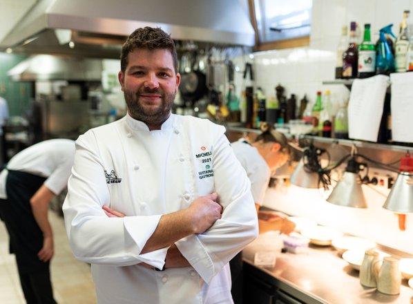 V kuhinji pri 'ozvezdenem' kuharju, Luki Koširju z Griča