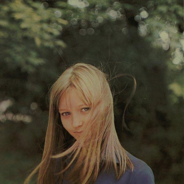Se spomnite najstnice iz filma Ko zorijo jagode?