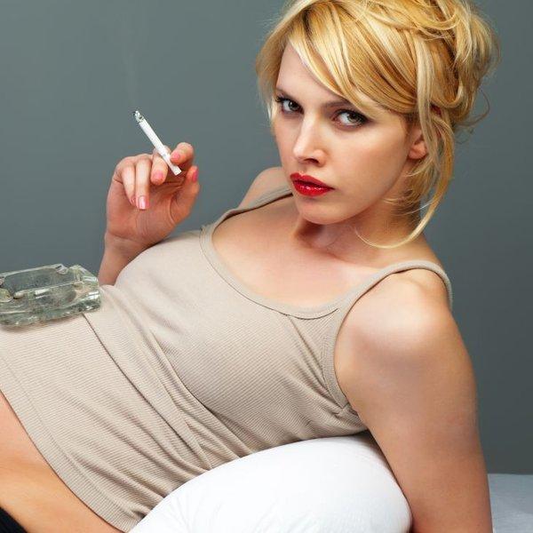 Kako škodljivo je kajenje nosečnice in doječe matere?