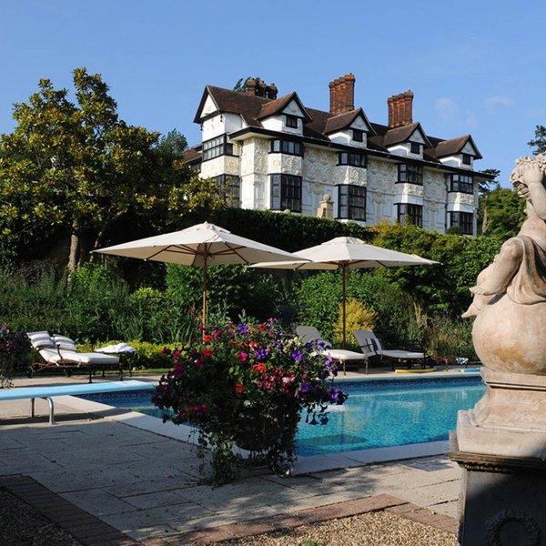 Zvezdnik končno prodal vilo, ki je novega lastnika iskala kar tri leta