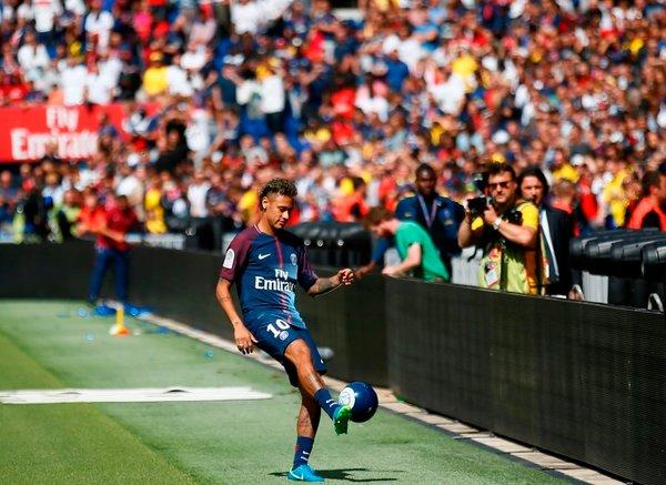 Neymar na Parku princev - 3