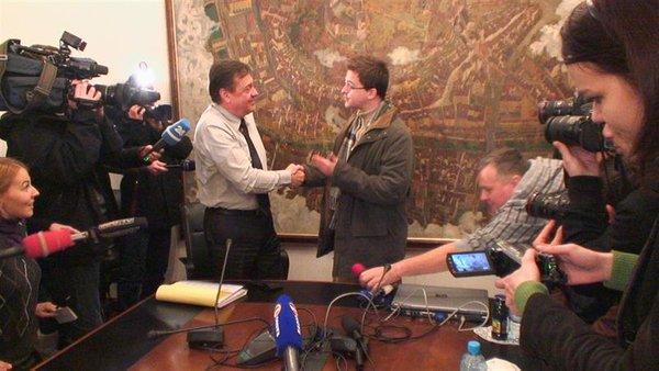 Jankovič dobil darilo-2