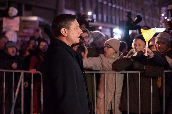 Borut Pahor po prisegi med protestniki