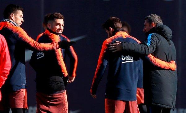 Lionel Messi Jordi Alba Luis Suarez Ernesto Valverde