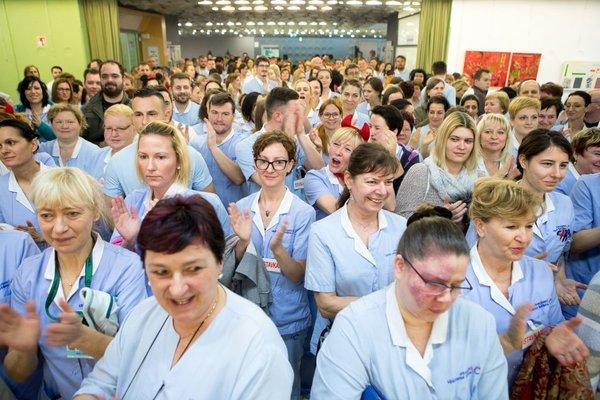 Stavka zaposlenih v zdravstvu - 13