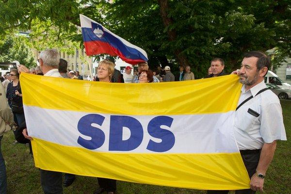Protesti v podporo Janezu Janši - 5