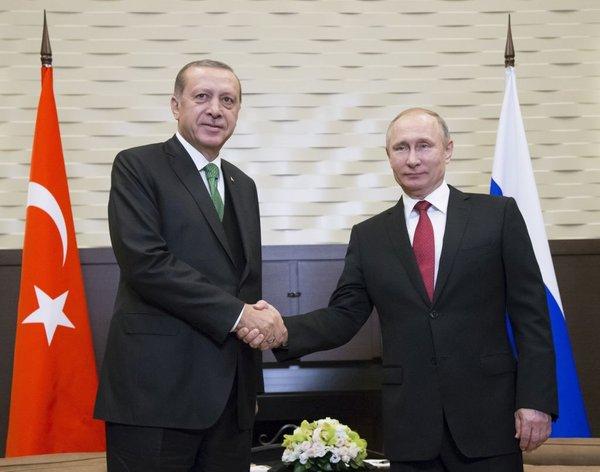 Putin in Erdogan v Sočiju
