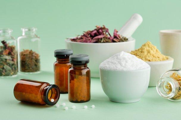 Homeopatija spada v alternativno in komplementarno medicino