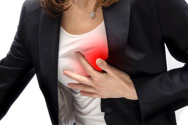 Znaki srčnega infarkta, ki jih ženske morajo poznati