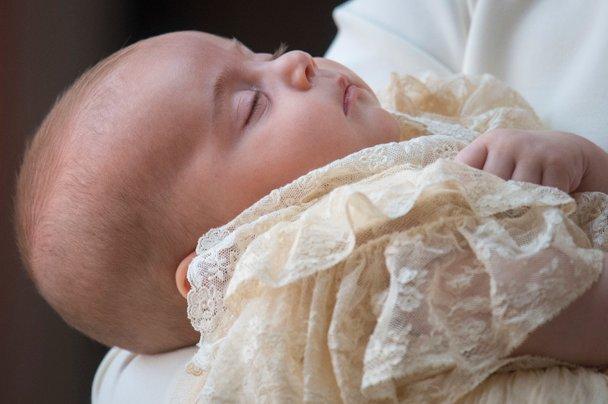 Princ Louis je dopolnil eno leto. Poglejte najnovejše fotografije!