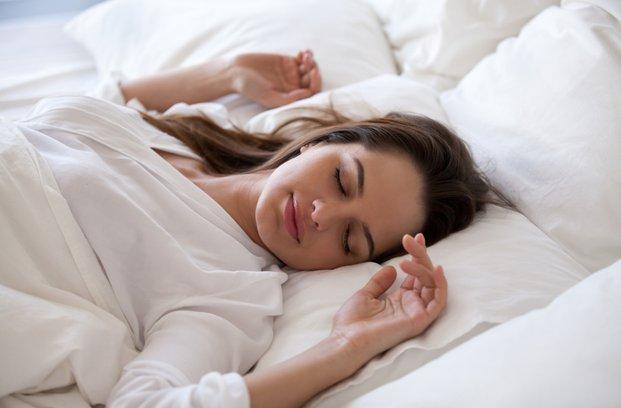 Sanje o nezvestobi: kaj pomeni, če ste v sanjah varali partnerja?