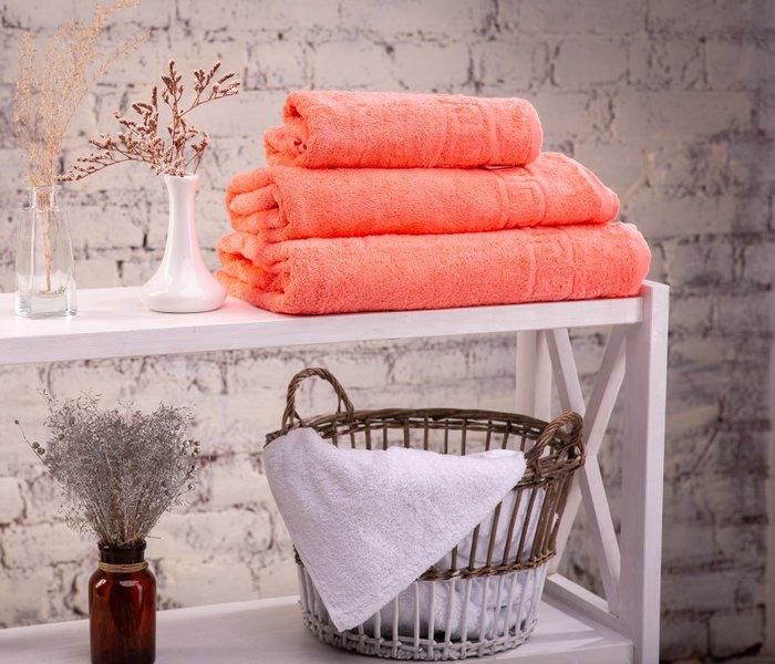 Preprost trik, ki bo trdim brisačam povrnil mehkobo