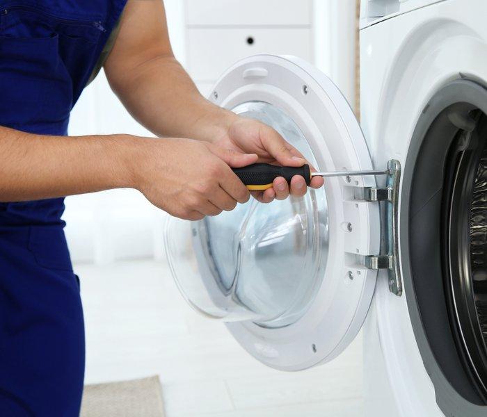 Zato se vam pokvari pralni stroj – te stvari ne smejo nikoli končati v stroju
