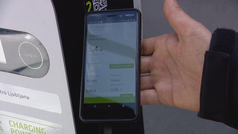 Še vedno bo uporabnikom na voljo tudi sistem identifikacije z obstoječimi karticami.