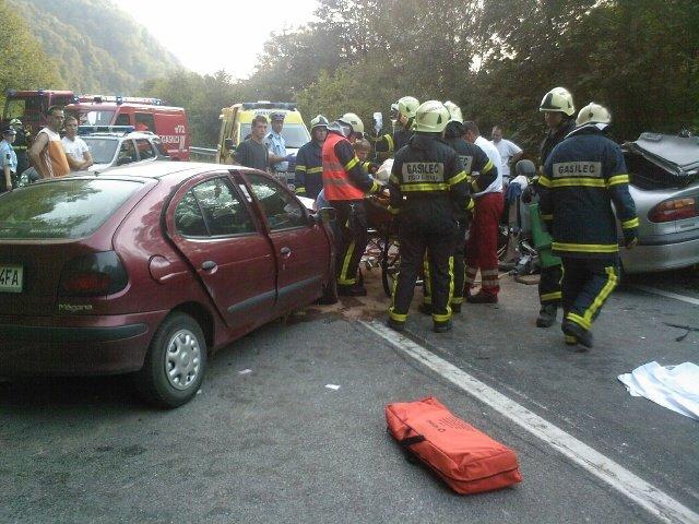 Mladi vozniki povzročijo največ nesreč.
