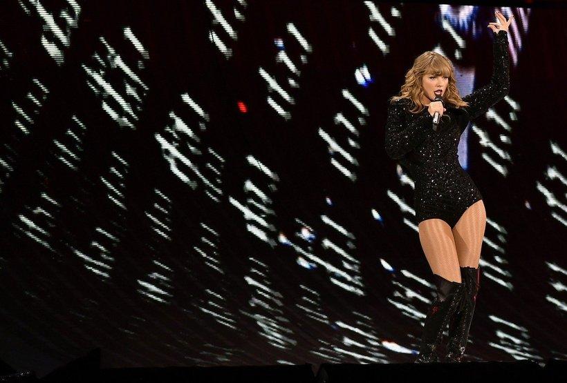 Poznavalci šovbiznisa verjamejo, da bo Taylor novembra letos podpisala najdražjo glasbeno pogodbo v 21. stoletju.