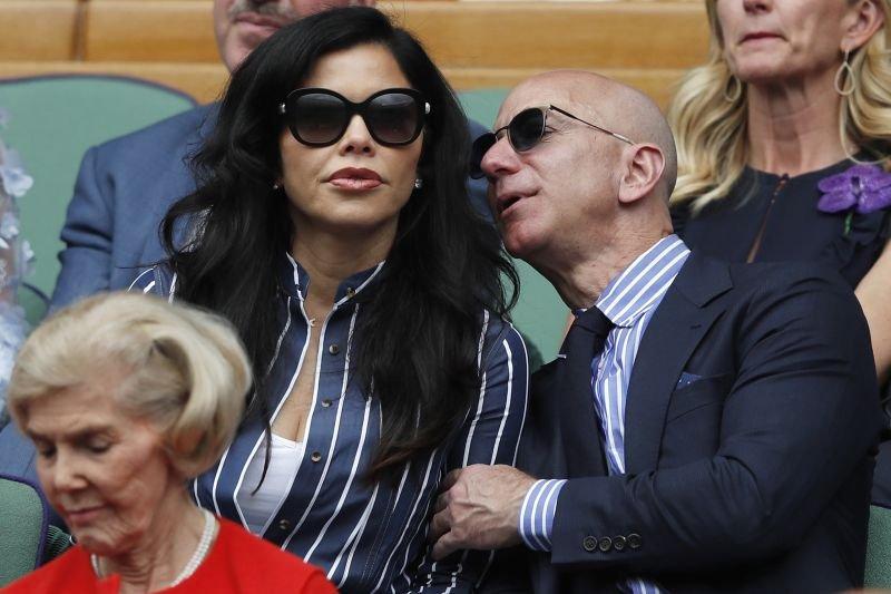 Lauren Sanchez in Jeff Bezos