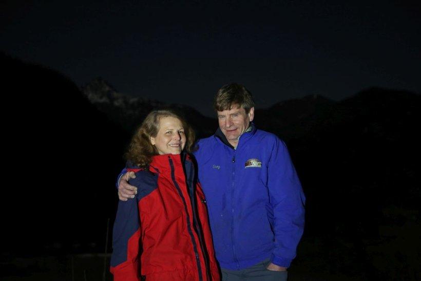 Audrey z možem Gregom nad Jezerskim.