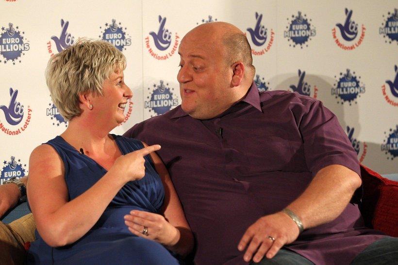 Adrian in Gillian Bayford po dobitku leta 2012