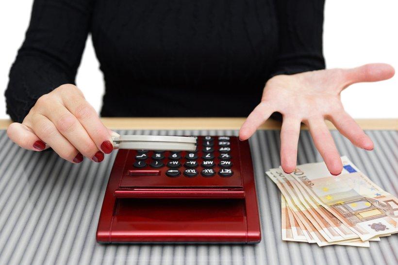 Če ste kredit najeli pri pravi banki, vam bo z veseljem pomagala, saj je tudi njej v interesu, da krizo, v kateri ste se znašli, rešite čim prej.