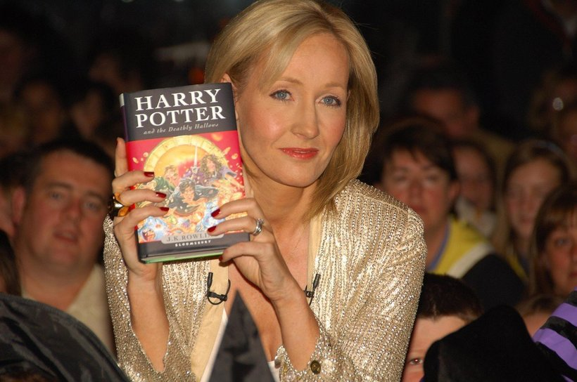 Harry Potter je J. K. Rowling izstrelil med zvezde in ji prinesel milijone.