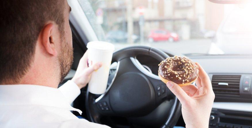 4 razlogi, zakaj bi morali jesti počasneje