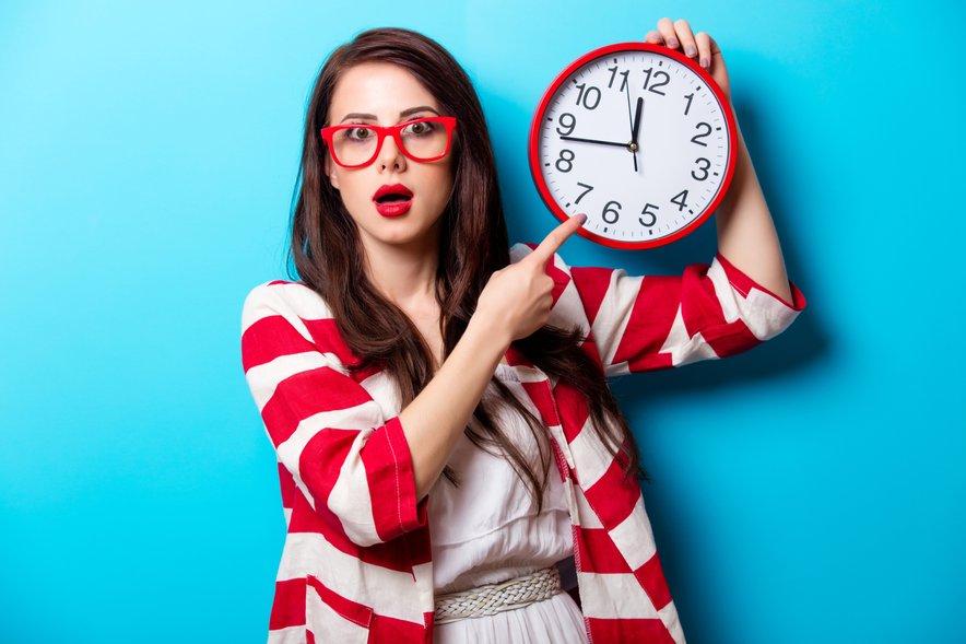 Dan ima 24 ur in sprijazniti se je treba, da v tem času ne moremo same opraviti vsega.