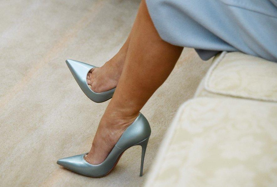 Čevlji, ki jih nosi Melania Trump