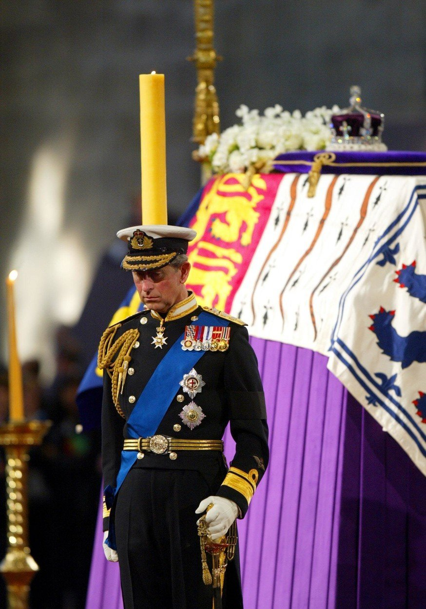 Pogreb kraljice mati