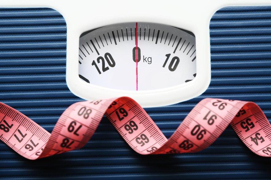 Ker je prekomerna teža tudi dejavnik tveganja za številne druge bolezni, je pomembno, da vzdržujemo zdravo težo.