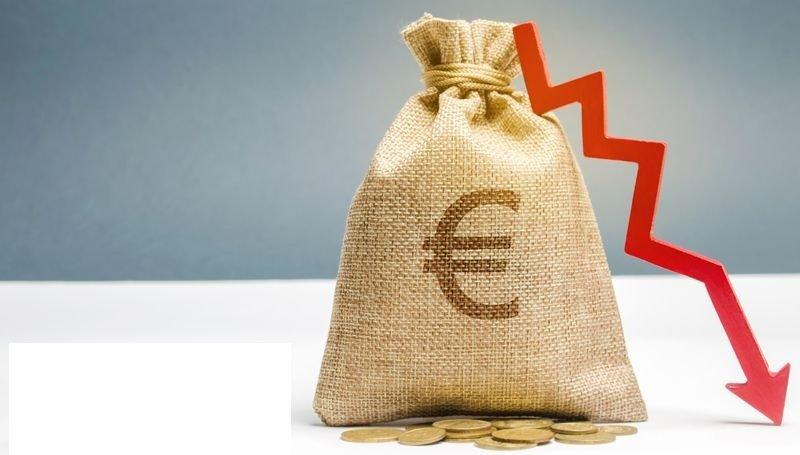 Slovenija letos pričakuje znaten javnofinančni primanjkljaj.
