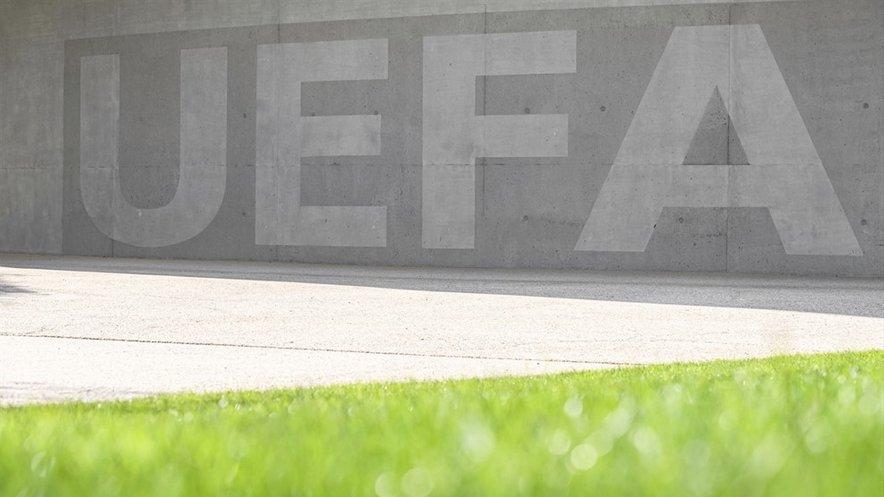 Uefa sporoča, da zaenkrat še ni potrebe po planu B.