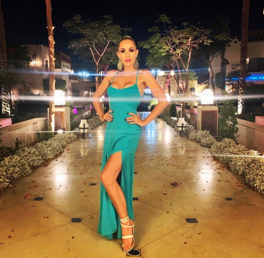 Carmen se želi naslednjič poročiti v toplih krajih