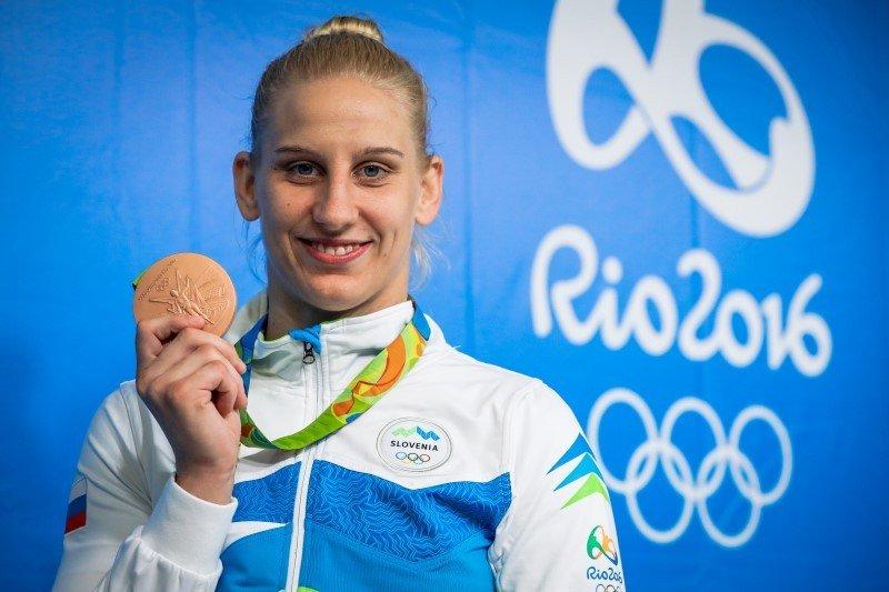 Bronasta z olimpijskih iger v Riu velja za vrhunsko pripravljeno športnico, zato se je morda uspešno izognila koronavirusu.