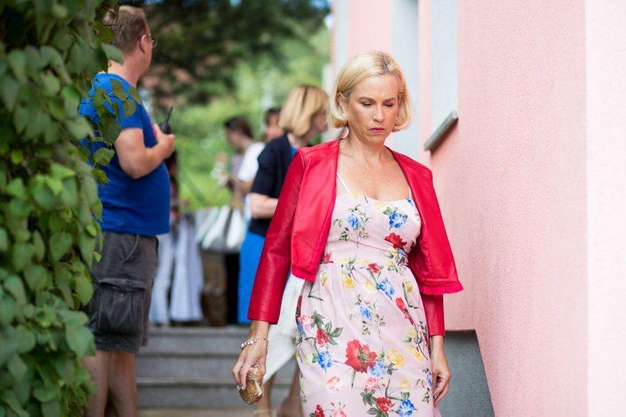 Nina v seriji Reka ljubezni upodablja lik Mojce Vesel.
