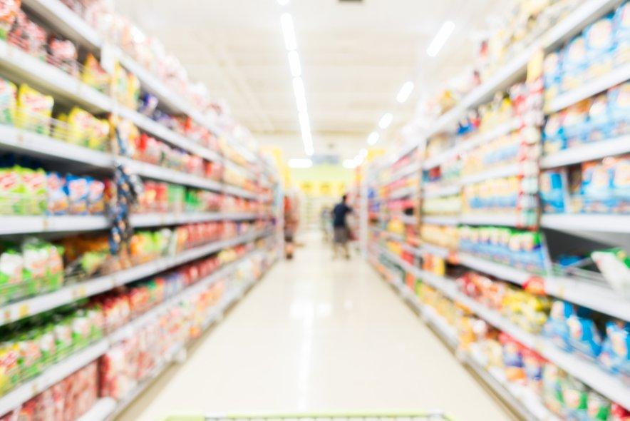 Odbor DZ proti dodatnim izjemam od prepovedi obratovanja trgovin ob nedeljah.