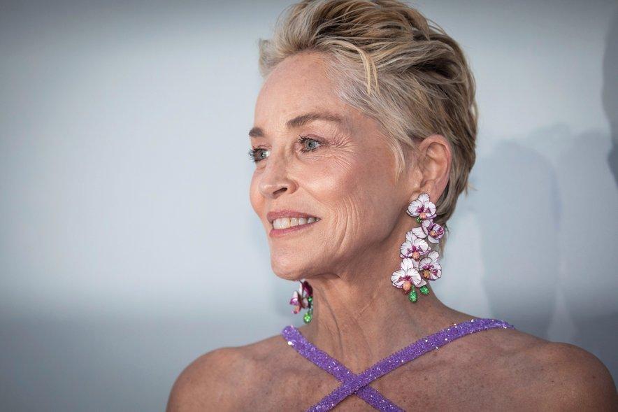Sharon Stone je sporočila žalostno novico, da je umrl njen nečak.