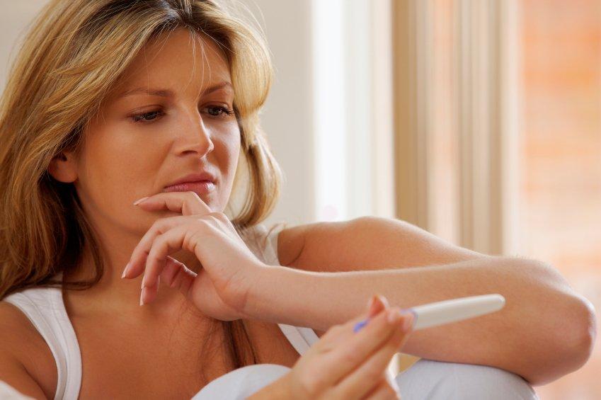 Če poskušate zanositi dalj časa brez sreče, je bil lahko glavni dejavnik premalo ali preveč aktivna ščitnica.