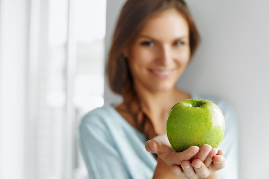 Na univerzi v Los Angelesu ugotavljajo, da je lahko le eno zaužito jabolko na dan ključnega pomena pri izgubi telesne teže.