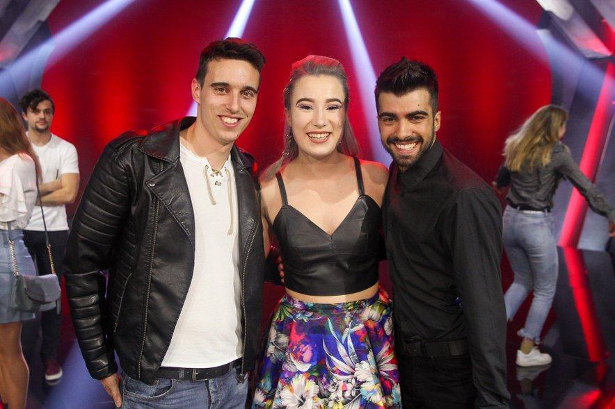 Anabel sta do začetka glasbene kariere pomagala Nino in Marko.