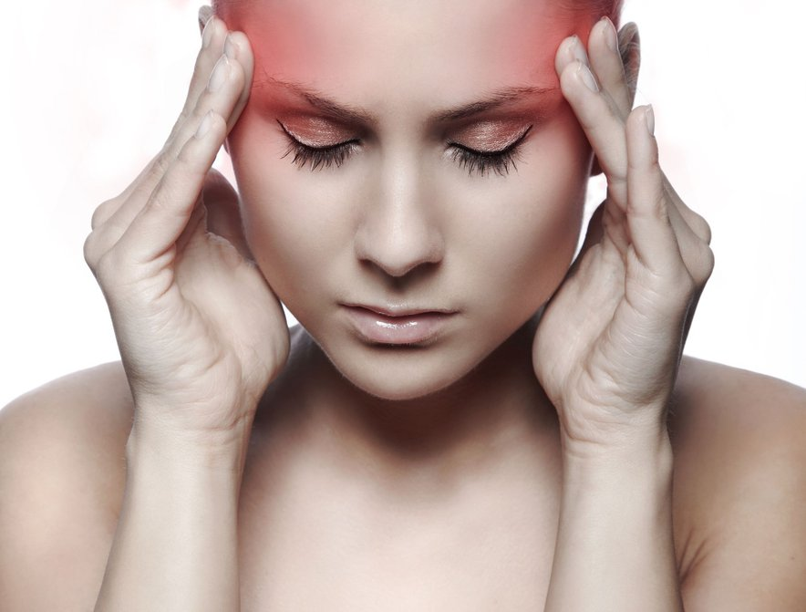 Migrene so precej pogost glavobol, s katerim se najpogosteje spopadajo ljudje stari od 25 do 55 let.