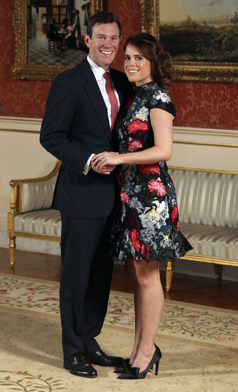 Britanci so danes v velikem pričakovanju še ene kraljeve poroke!